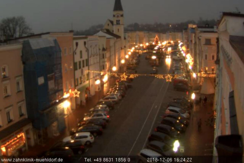 1440x960 ZKMaI News Webcam
